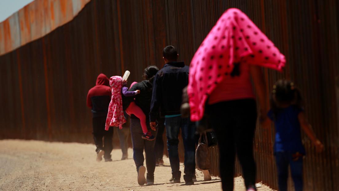 Investigación revela la deportación de recién nacidos estadounidenses a México sin certificados de nacimiento