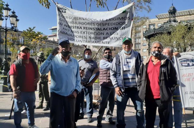 Tras 100 manifestaciones, extrabajadores del Sistecozome aún exigen pagos por los despidos (Jalisco)
