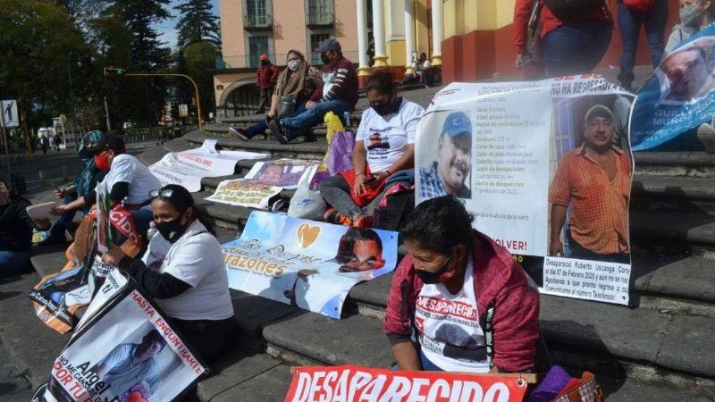 """""""Levantan"""" y liberan horas después a madre de desaparecidos que protestó en Xalapa, Veracruz"""