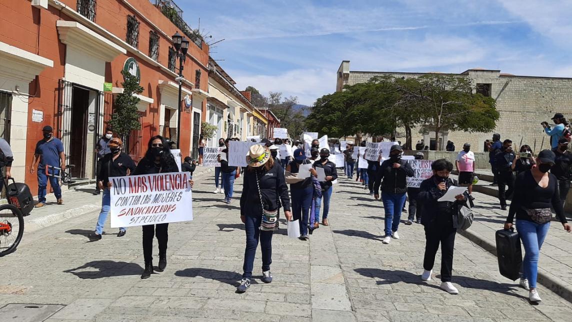 Conmemoran jornada de manifestaciones en Oaxaca por el Día Internacional de la Mujer