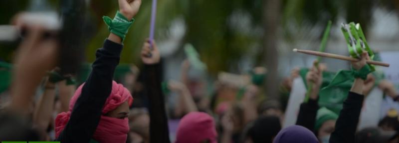 Marchan mujeres de Quintana Roo en demanda de justicia e igualdad