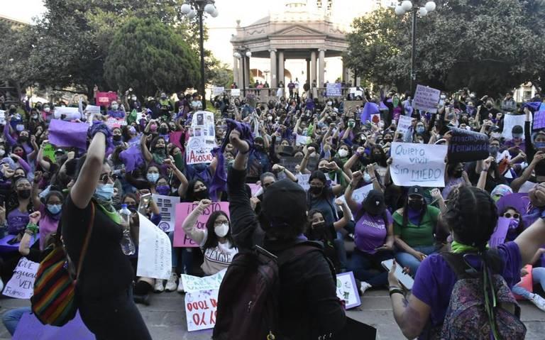 Con una marcha colectivos exigen justicia en San Luis Potosí