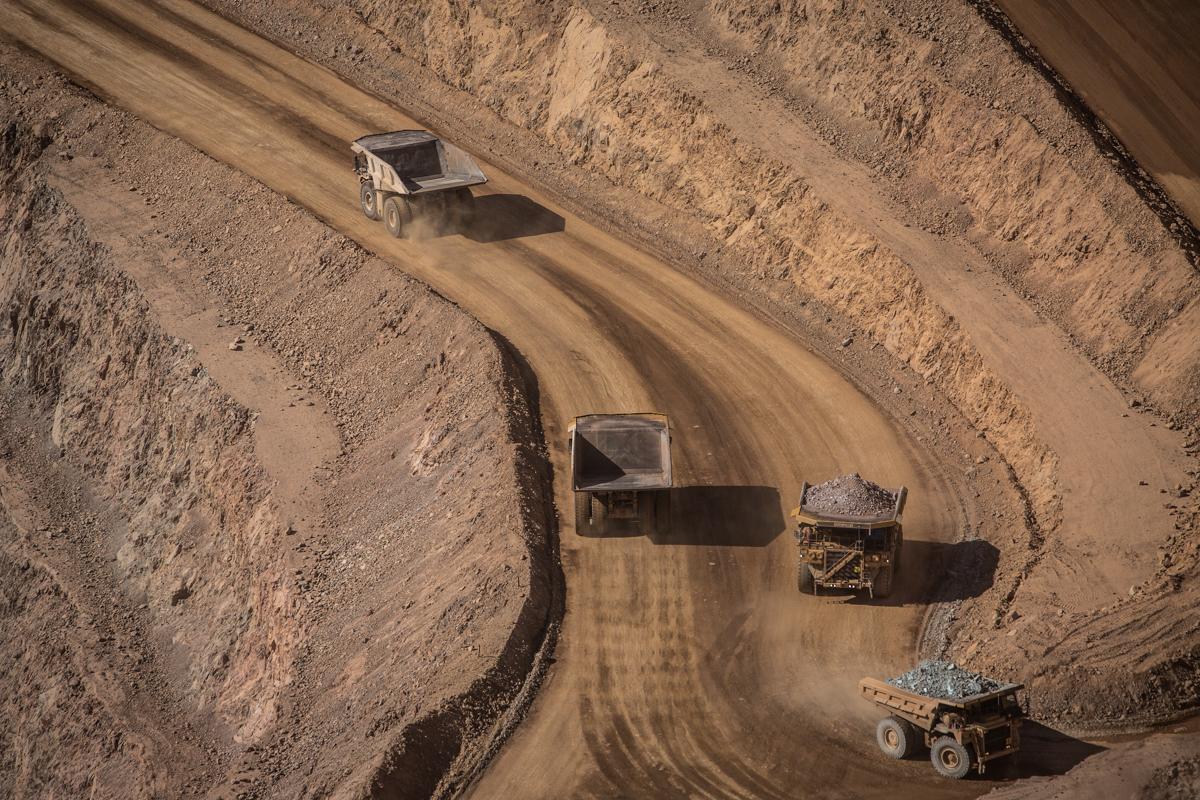 Minera de Alberto Baillères sigue sin cumplir la sentencia a favor de ejidatarios (Sonora)