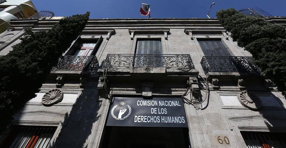 CNDH nombra defensor de migrantes a funcionario que ignoró un caso de torturas, según la propia institución