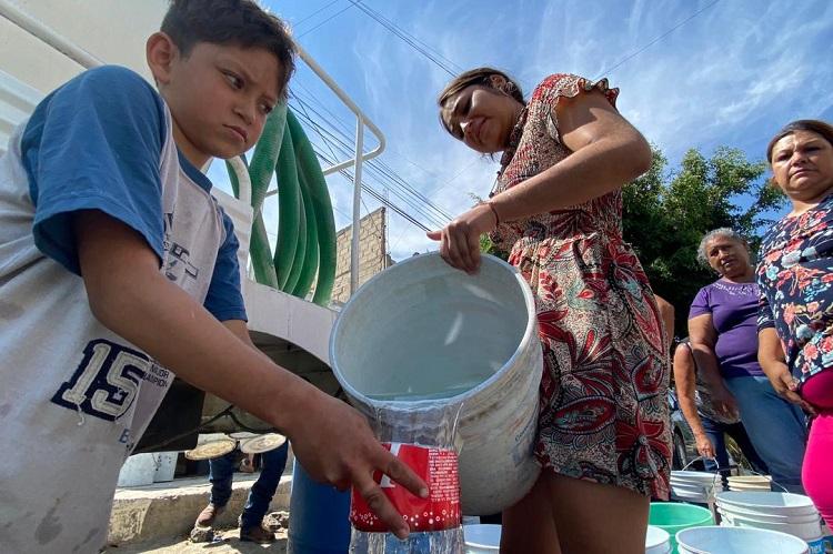 Más de 40 días sin agua en Jardines Vallarta, denuncian vecinos (Jalisco)