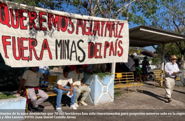 Realizan toma simbólica de mina a cielo abierto en Veracruz