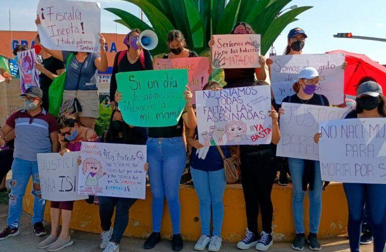 """Con """"marcha del hartazgo"""", mujeres de Tuxtepec exigen justicia ante el aumento de desapariciones (Oaxaca)"""