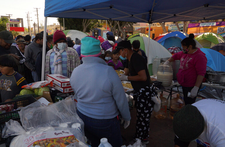 Las excepciones al Título 42 no son suficientes para los solicitantes de asilo en El Chaparral, Tijuana (Baja California)