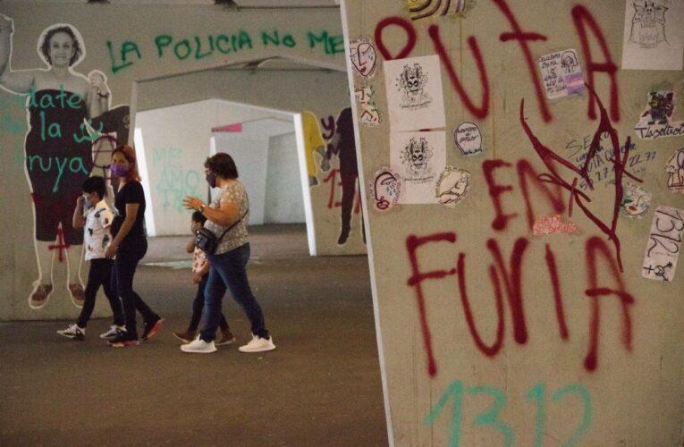 Vendedores ambulantes agreden con palos a comerciantes LGBT+ (Ciudad de México)