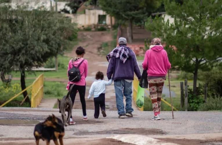 Familias zacatecanas huyen por la violencia hacia la frontera. Buscan asilo en EU (Zacatecas)