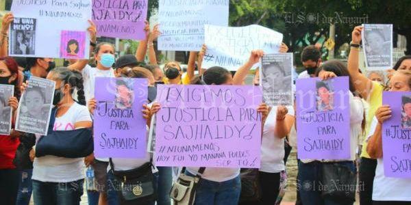 Se manifiestan nayaritas para exigir justica por la muerte de Sajhaidy (Nayarit)