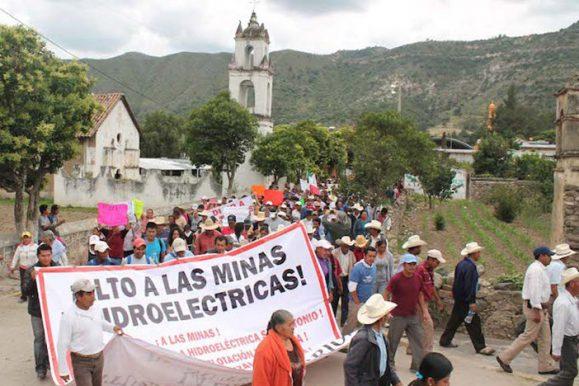 Organizan Caravana por la Vida en la Sierra Norte de Puebla contra mina a cielo abierto
