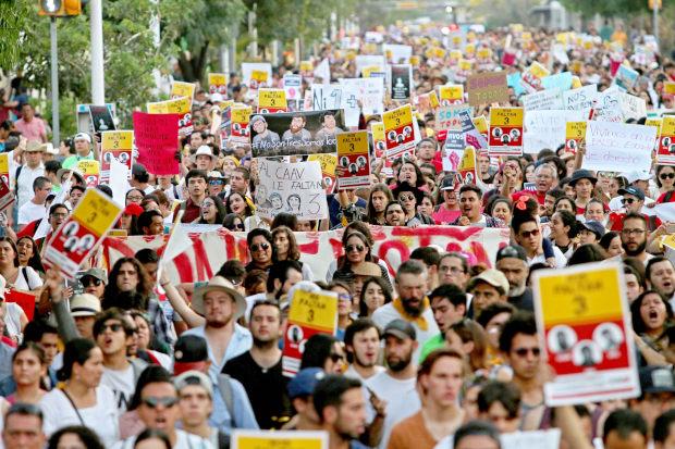 Estudiantes desaparecidos, gobierno se equivoca (Baja California)