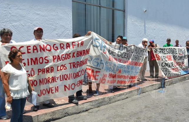 Protestan extrabajadores en contra de Yáñez Osuna (Campeche)