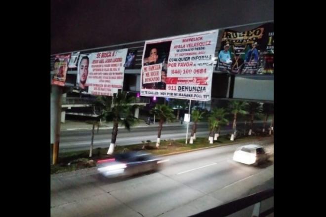 "Por ""contaminación visual"", ordenan retirar mantas de desaparecidos en Ensenada (Baja California)"