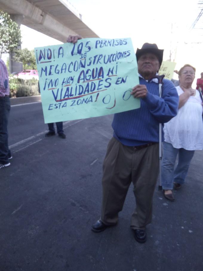 Vecinos de dos delegaciones se movilizan en Pedregal de Carrasco, Coyoacán, y logran la suspensión temporal de megaproyecto inmobiliario (Ciudad de México).