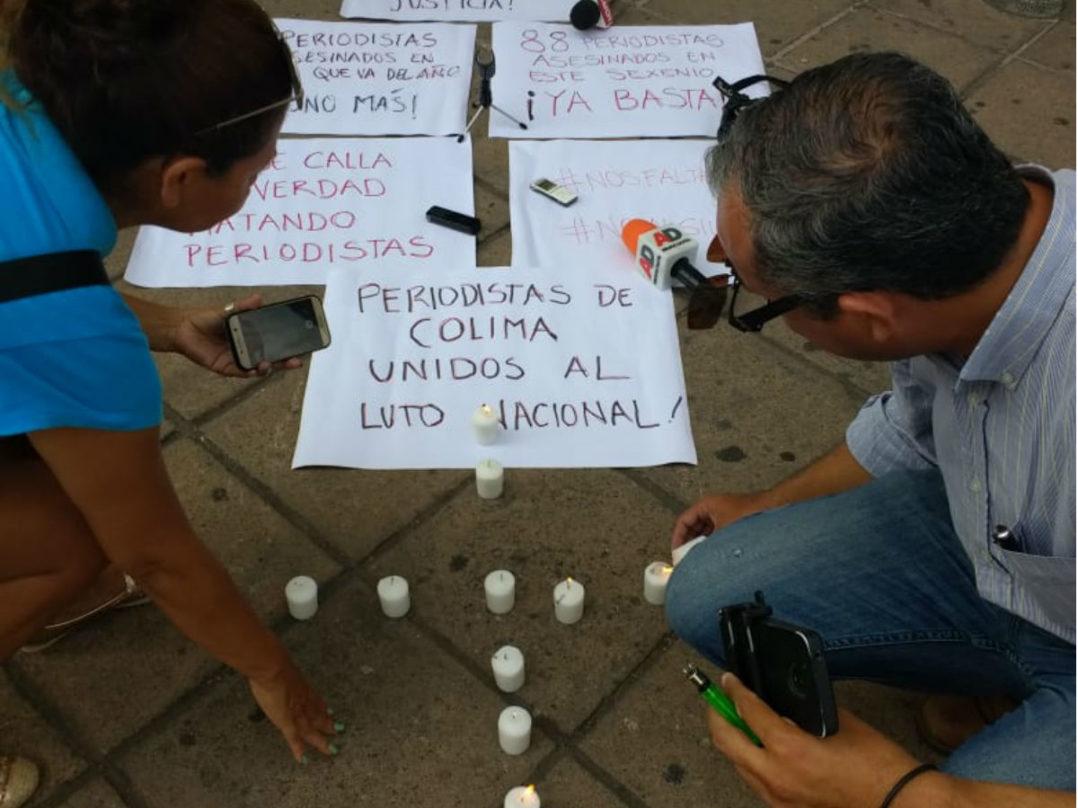 """El """"Ustedes quieren votos, nosotros justicia"""", también resuena en Colima"""