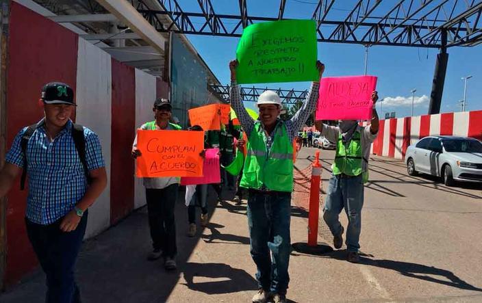 Protestan trabajadores en el aeropuerto (Chihuahua)