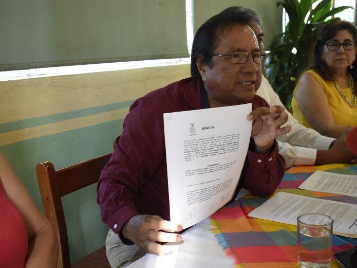 Maestros pensionados y jubilados exigen aguinaldo retrasado (Sinaloa)