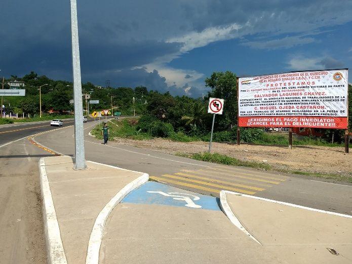 """Camioneros """"revientan"""" contra líderes sindicales (Sinaloa)"""