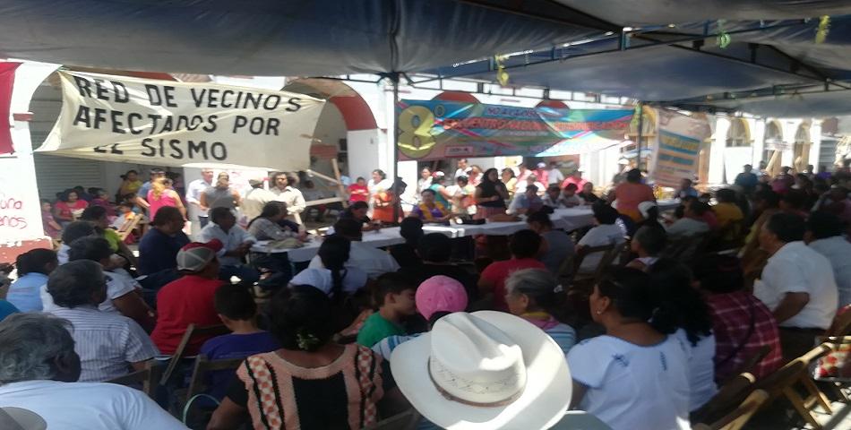 Realizan 8o encuentro nacional de personas damnificadas en Juchitán (Oaxaca)
