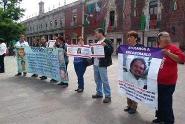 Vuelven a manifestarse familias de desaparecidos (Aguascalientes)