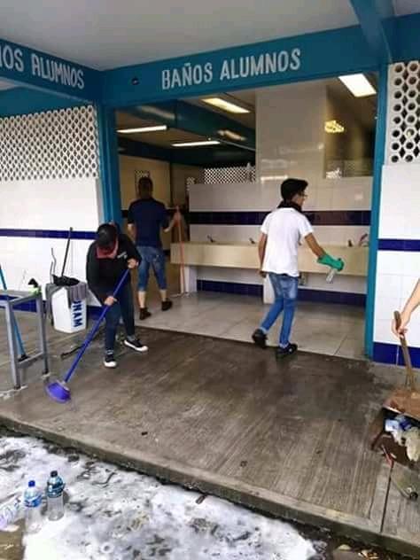 La lucha de los estudiantes no comenzó esta semana: frente al autoritarismo institucional, la organización de los estudiantes del CCH Azcapotzalco