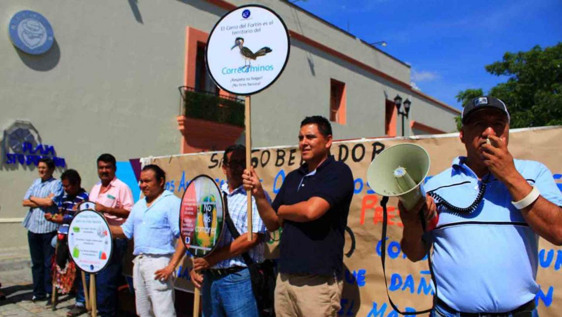 Amenaza gasolinera a manglar de Zipolite, Oaxaca