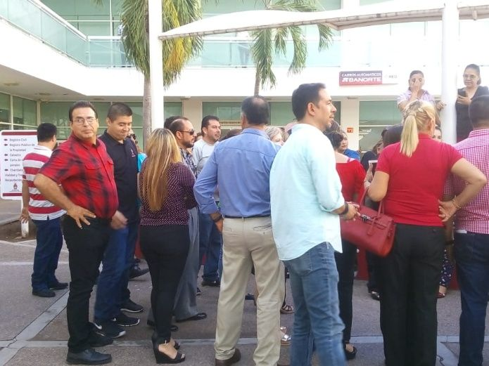 Paran labores trabajadores del registro civil en la USE (Sinaloa)