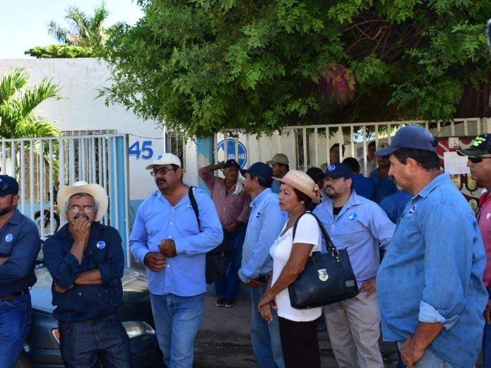 Sindicalizados de Jumapaang advierten de paro laboral por deuda (Sinaloa)