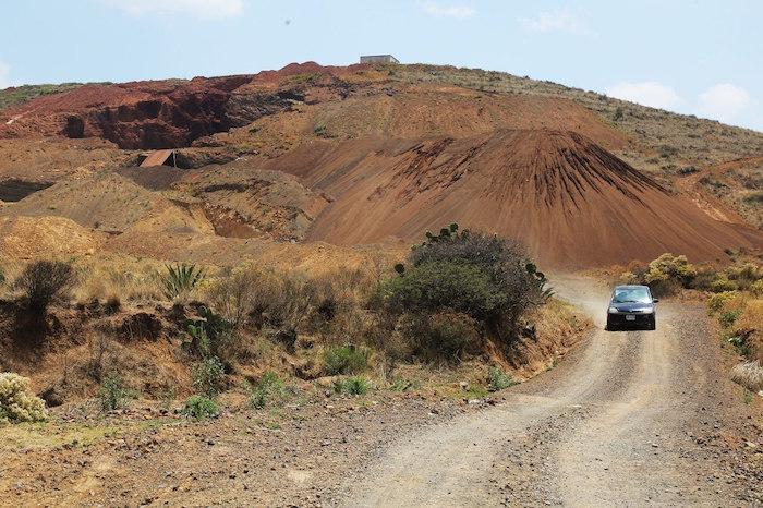 60 minas de piedra para el NAIM arrancan vida en Tepetlaoxtoc, con la venia federal y de Edomex