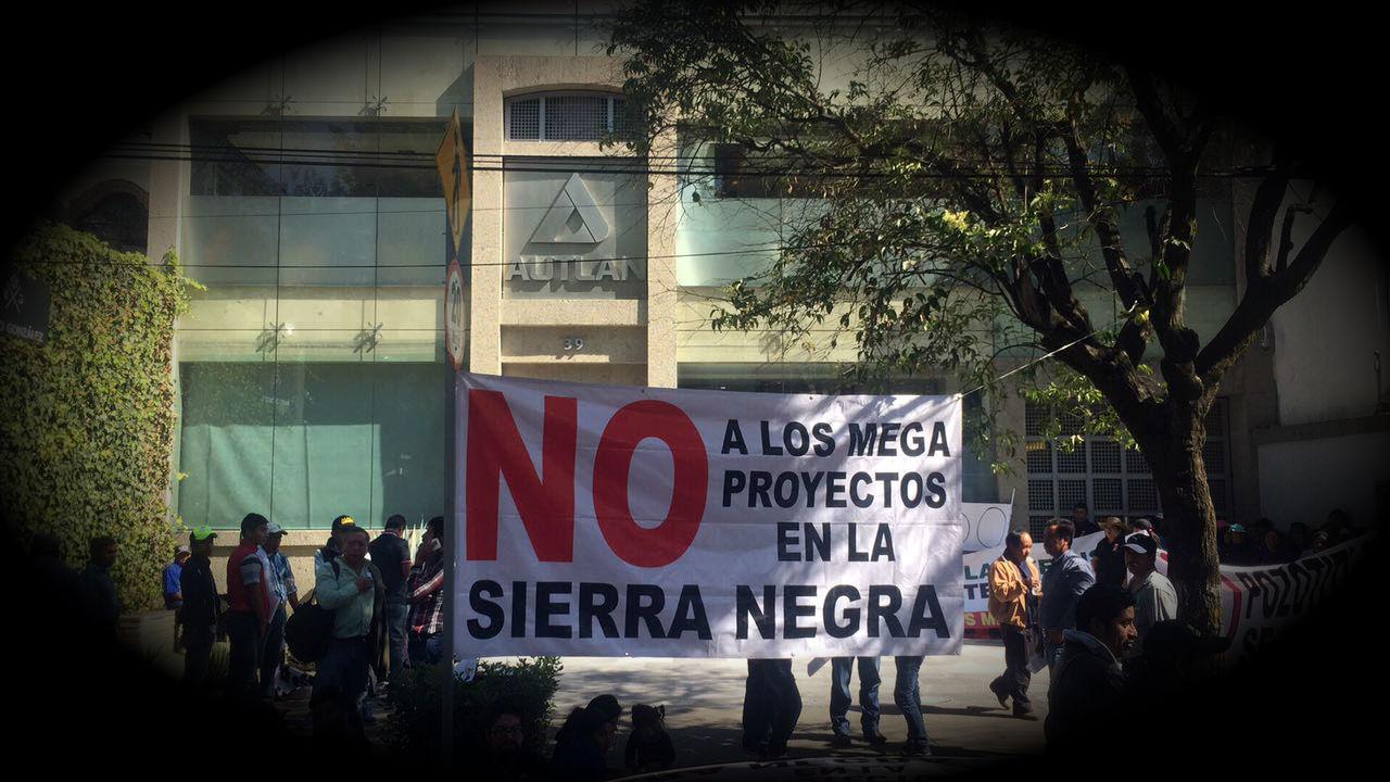 Policías de Tepatlán hostigaron al activista Galindo Trinidad (Puebla)