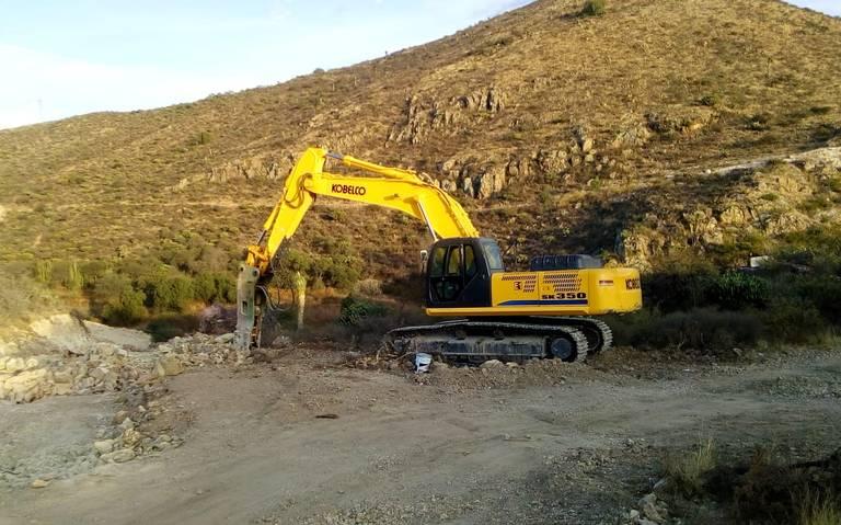 """Denuncian explotación irregular de piedra negra en """"La Enramada"""" (San Luis Potosí)"""