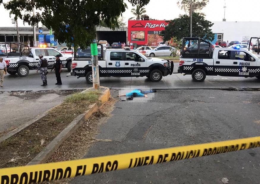 Reclama Colectivo a Yunes por asesinato de hijo de periodista veracruzano