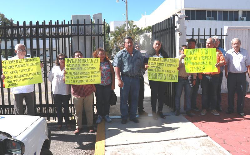 Se manifiestan trabajadores de Conagua por pago de quincena (Yucatán)