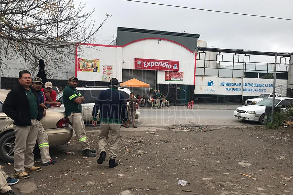 Siguen en paro las empresas distribuidoras de Matamoros (Tamaulipas)
