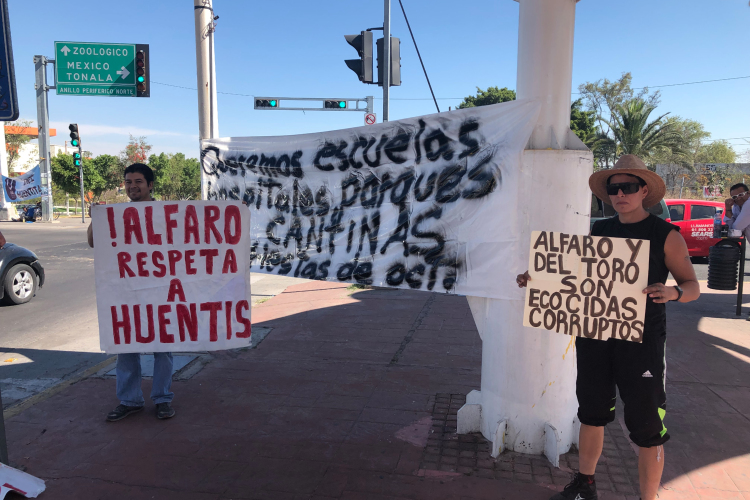 Protestan en contra de Arena GDL (Jalisco)