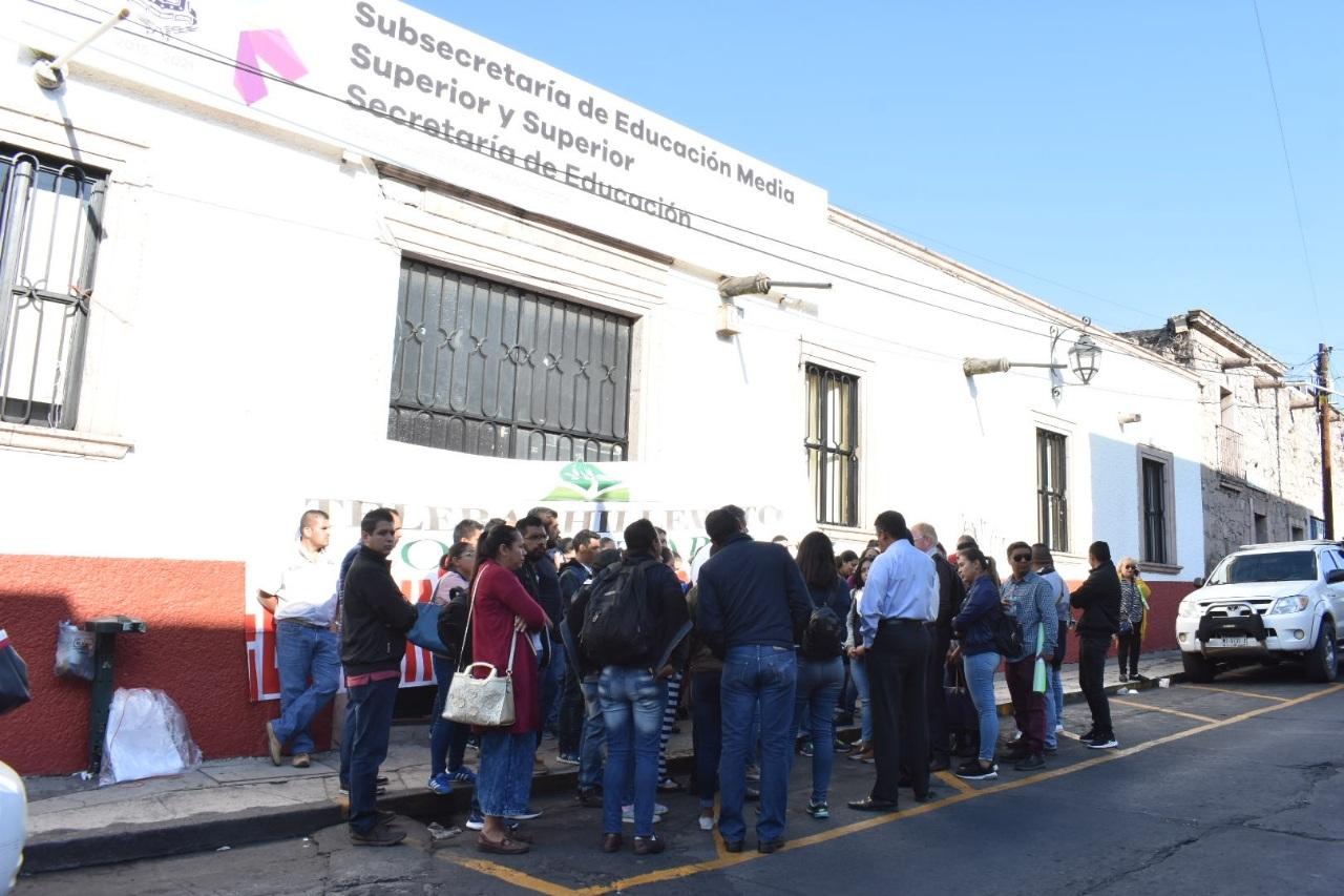 Adeuda SEE 4 mdp a 126 trabajadores del Telebachillerato Comunitario de Michoacán