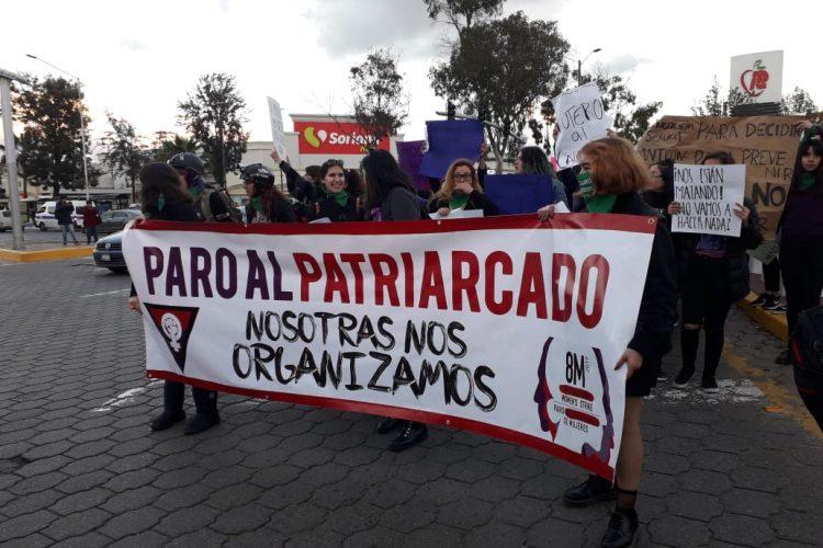 Realizan marcha por el Día de la Mujer en Tijuana (Baja California)