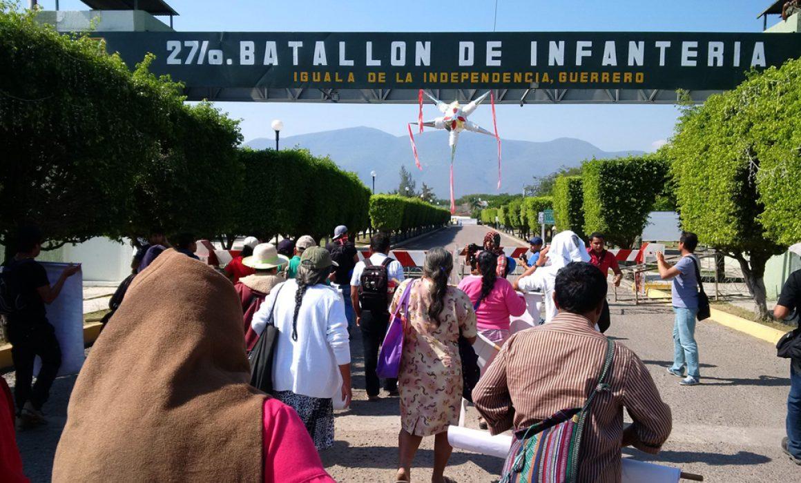 Videos confirman que Ejército oculta información de Ayotzinapa: ONG