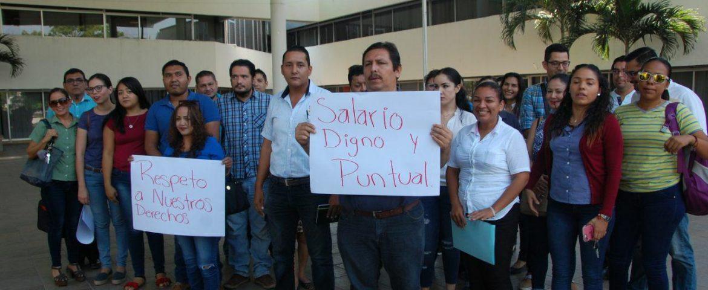 Exigen maestros de EMSAD y Telebachillerato, pago de quincenas atrasadas (Colima)