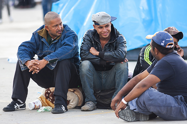 Arriba grupo de 400 migrantes a Mexicali; 38 son niños (Baja California)