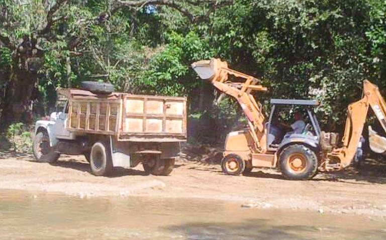 Ríos bajan en el nivel de agua; piden frenar el saqueo de material pétreo (Guerrero)