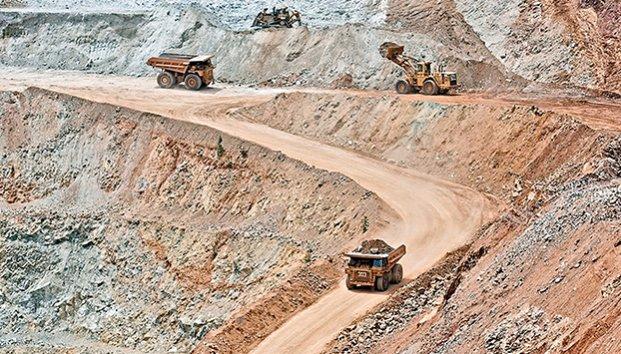 Azotan grupos criminales a mineros de Guerrero