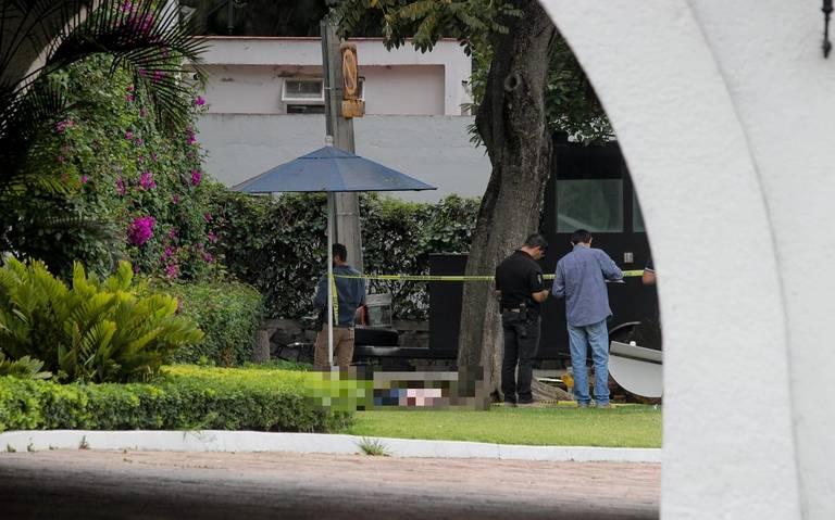Mujer fue asesinada por su esposo afuera de Casa Jalisco; tenía orden de protección