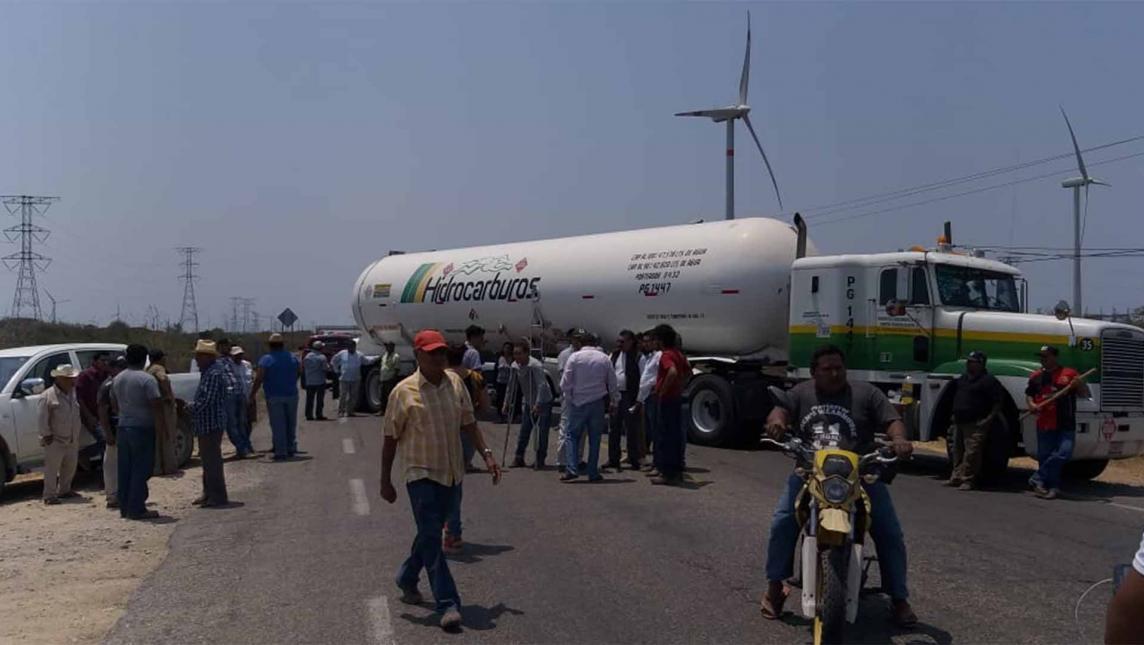 Detienen en Juchitán a 11 campesinos (Oaxaca)