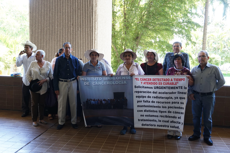 Pacientes con cáncer piden que les den tratamiento (Sinaloa)