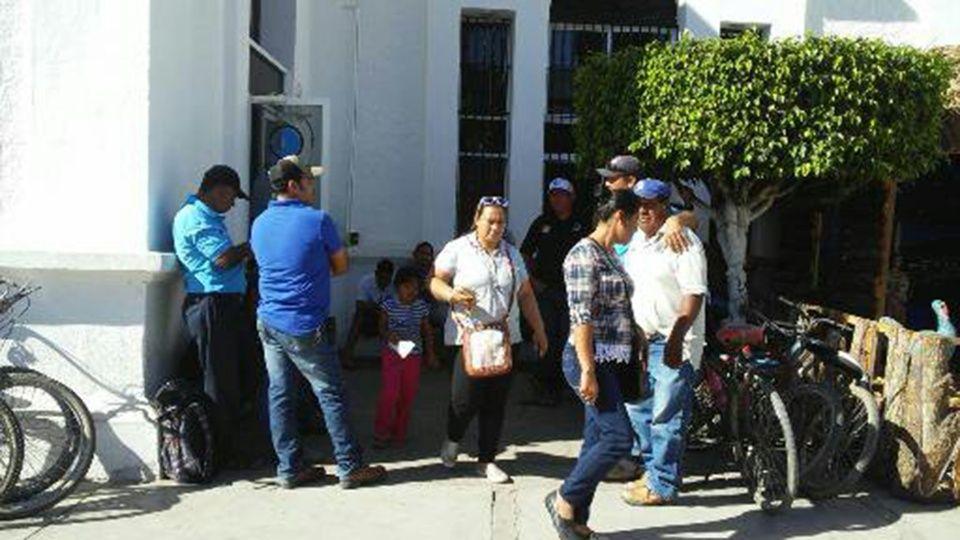 Trabajadores de Jumapae protestan por falta de pago (Sinaloa)