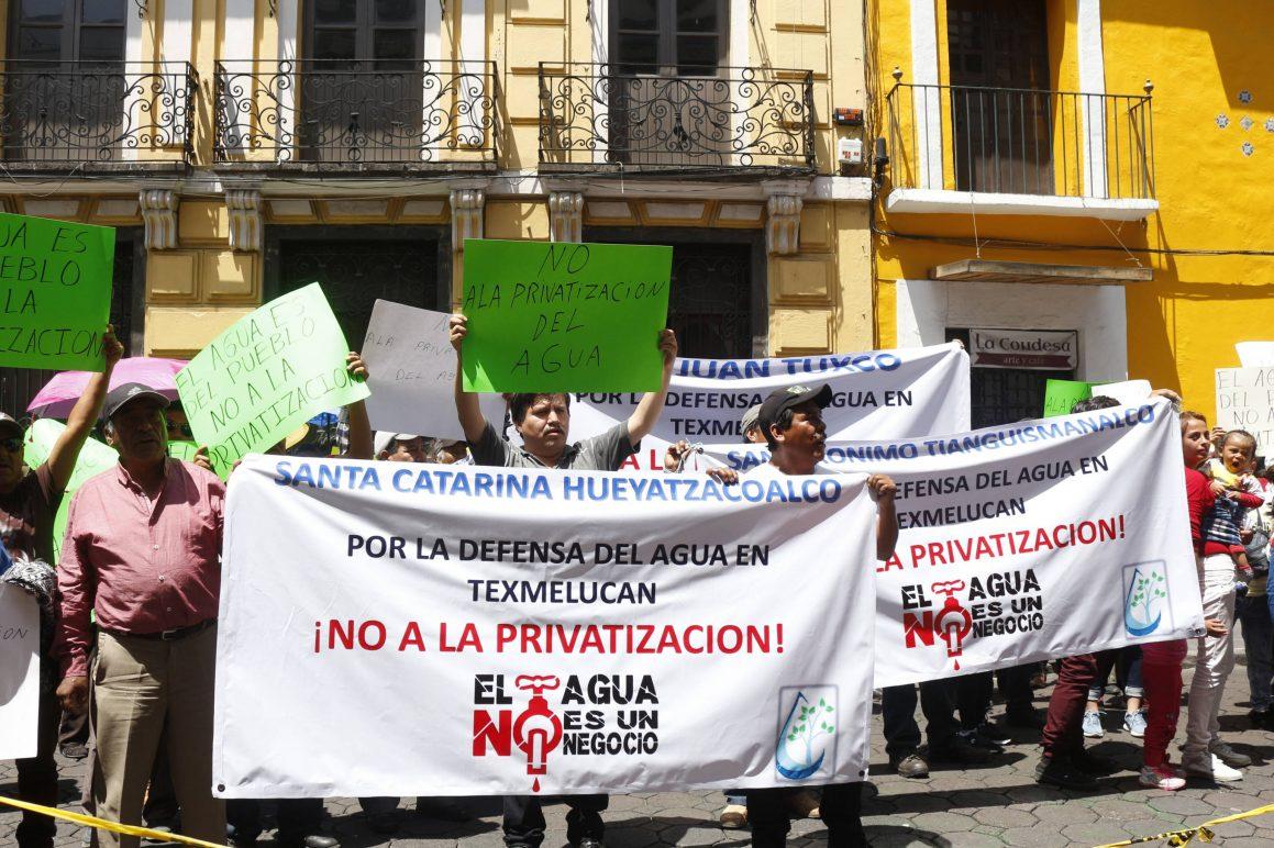 Acusan a edil de San Martín Texmelucan de intentar privatizar el agua potable (Puebla)