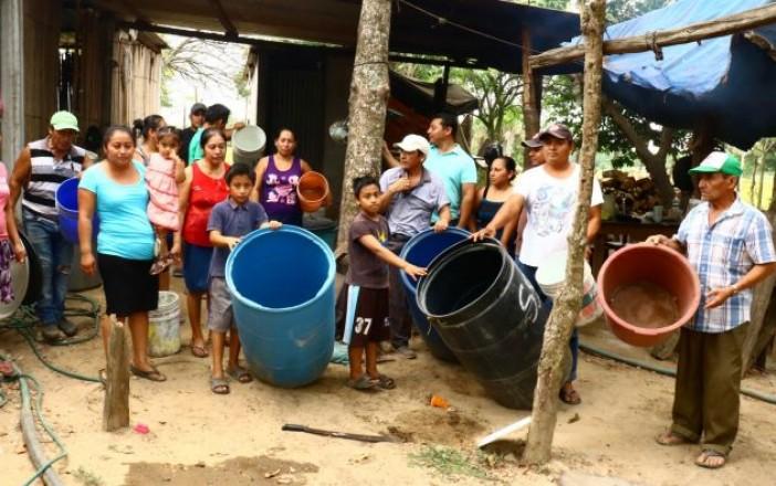 Abandona Centro a los chontales; se secan pozos, claman por agua (Tabasco)
